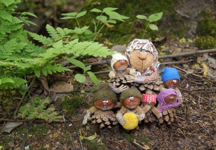 Поделки из лесных шишек своими руками 55