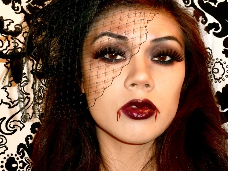 Макияж на хэллоуин своими руками вампира