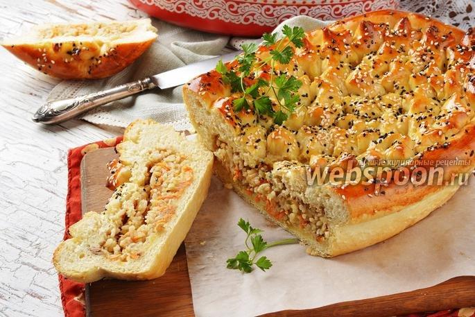 Рецепт пирогов с рисом и рыбными консервами в духовке