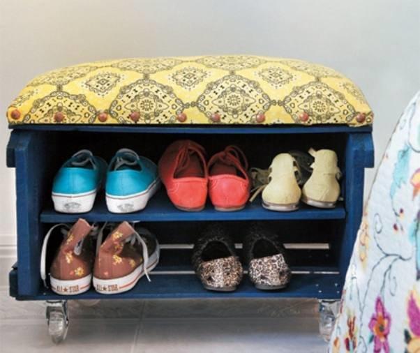 Полка для обуви в прихожую своими руками фото из подручных средств 6