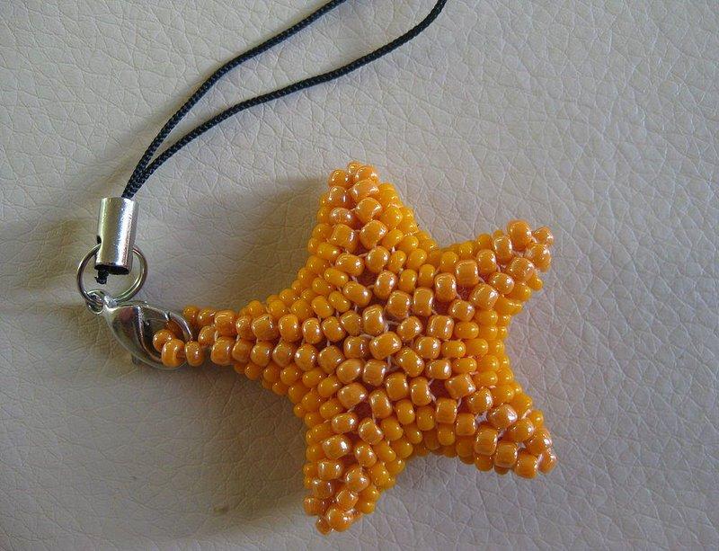 """Брелок из бисера """"Морская звезда"""" - карточка от пользователя Anastasia Shumakova в Яндекс.Коллекциях"""
