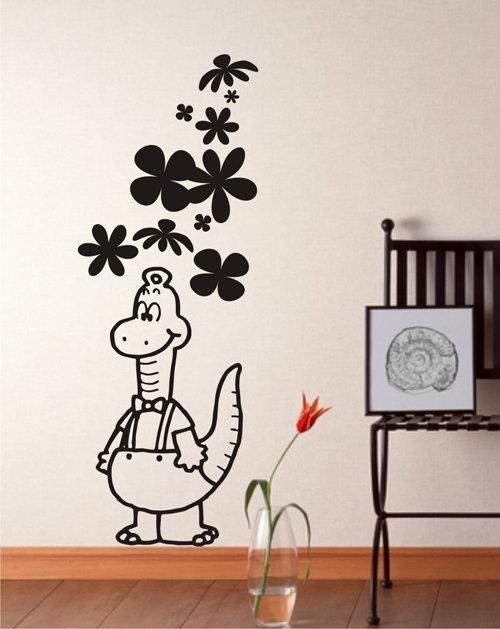 Несложный декор стен