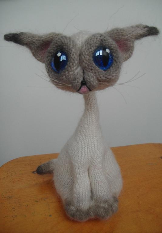 Вязанные сиамские коты 32