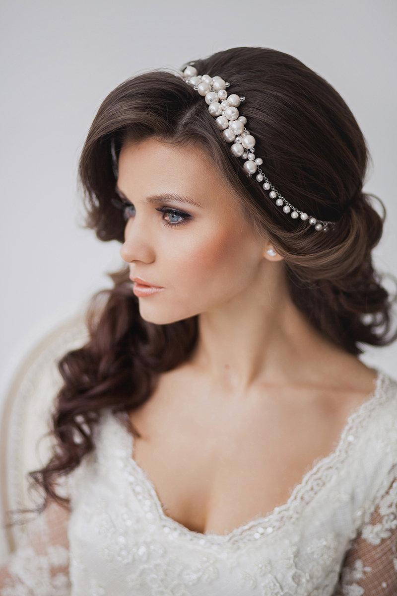 Свадебные причёски для квадратного лица