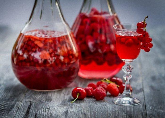 Вино из ягод черной смородины в домашних условиях 602