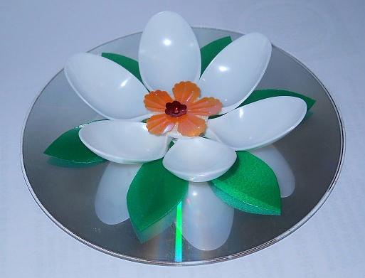 Цветок на диске своими руками