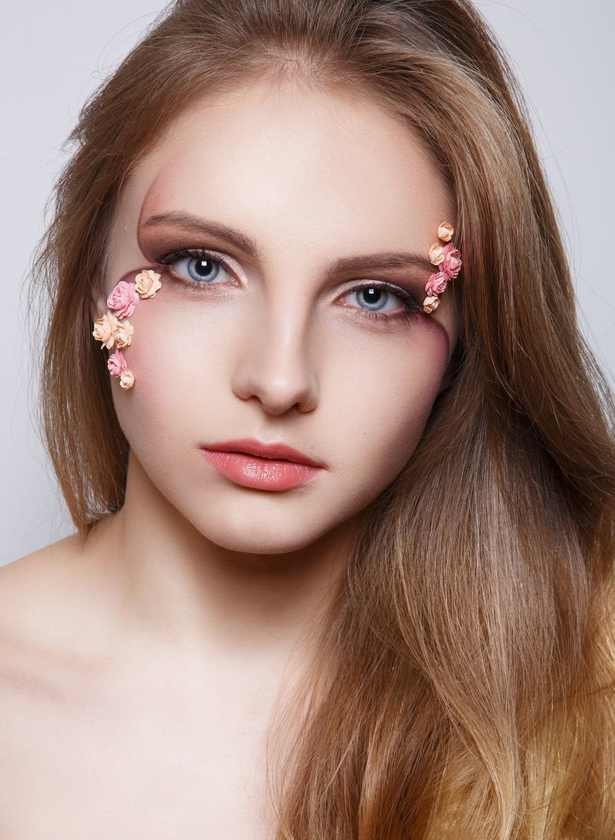 Фото с нежным макияжем