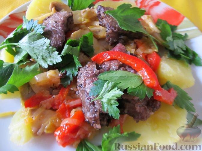 Рецепт салата из теплой куриной печени с