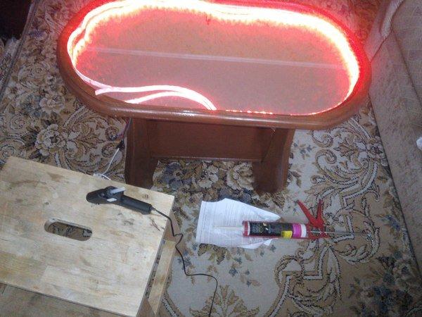 Стол с подсветкой своим руками 703