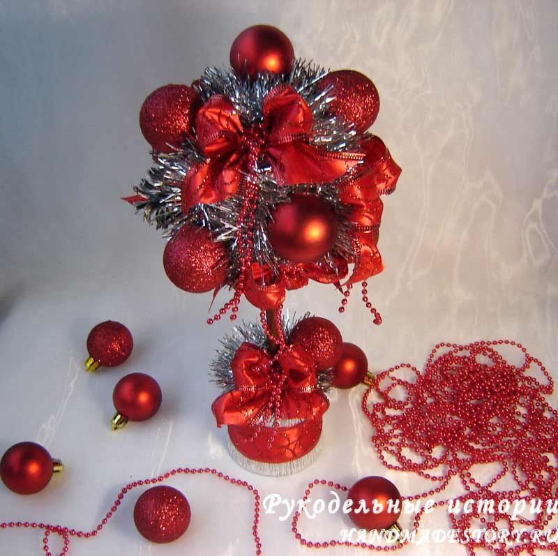 Новогодний топиарий шишки
