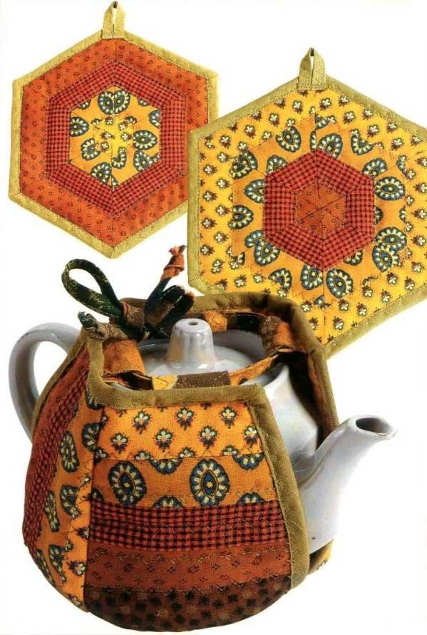 Прихватки и грелки на чайник