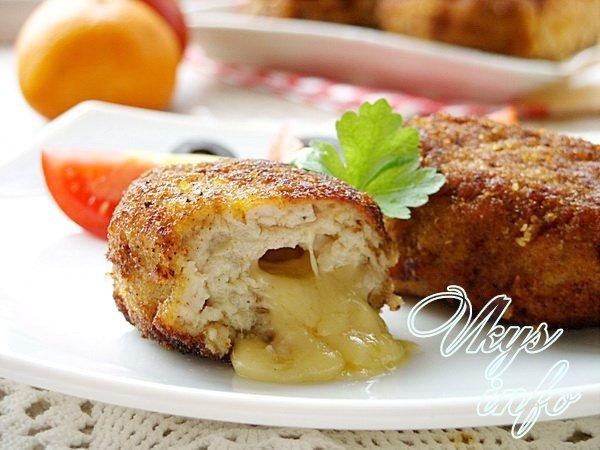 Куриные котлетки с сыром в духовке рецепт