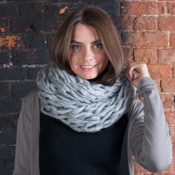 Вязание крупными спицами шарфа хомута