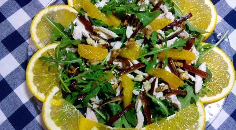 Салат с апельсинами вкусный