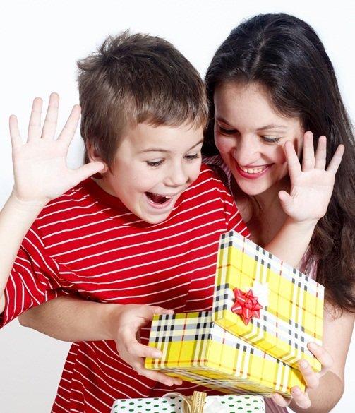 Что подарить сыну маме на день рождения своими руками