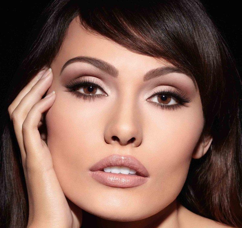Коричневый макияж для карих глаз