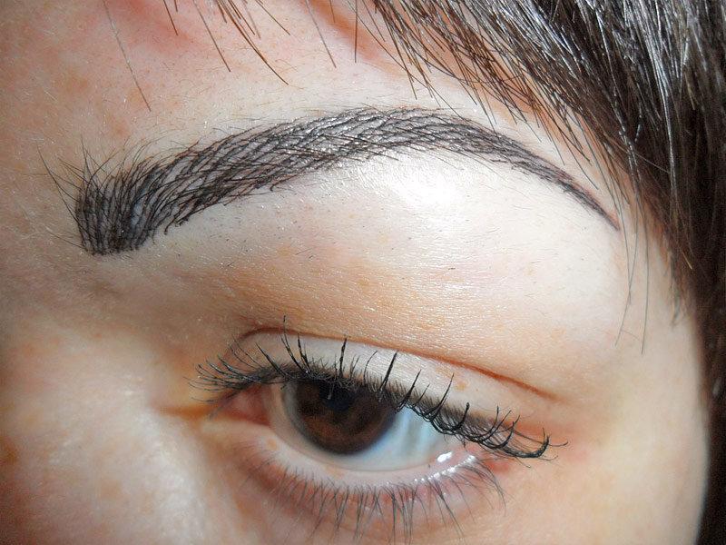 Перманентный макияж брови волосковые