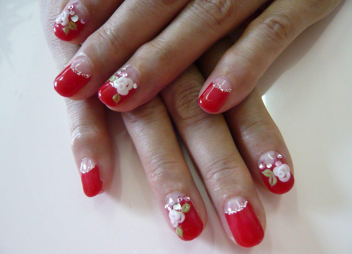 Красивые ногти в красном цвете фото