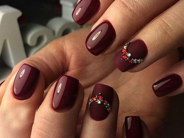 Дизайн ногтей цветом марсала