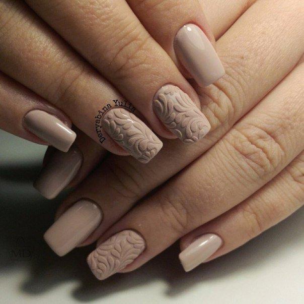 Дизайн ногтей в горах