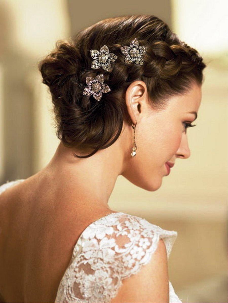 Фото простой свадебной прически