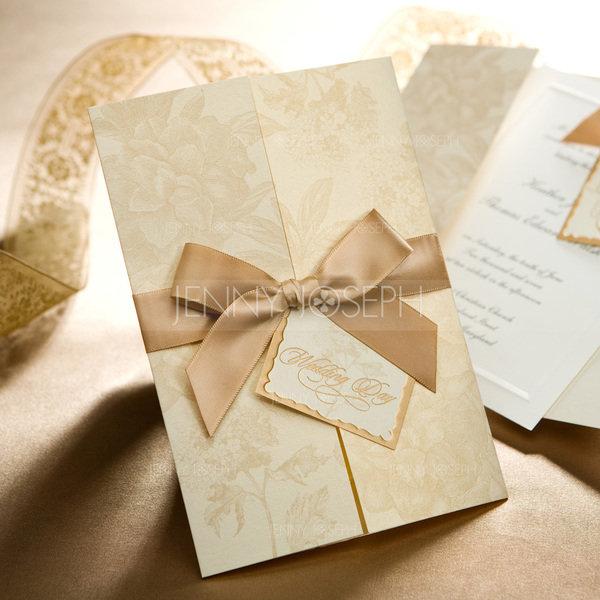 Пригласительные на свадьбу в золотом цвете