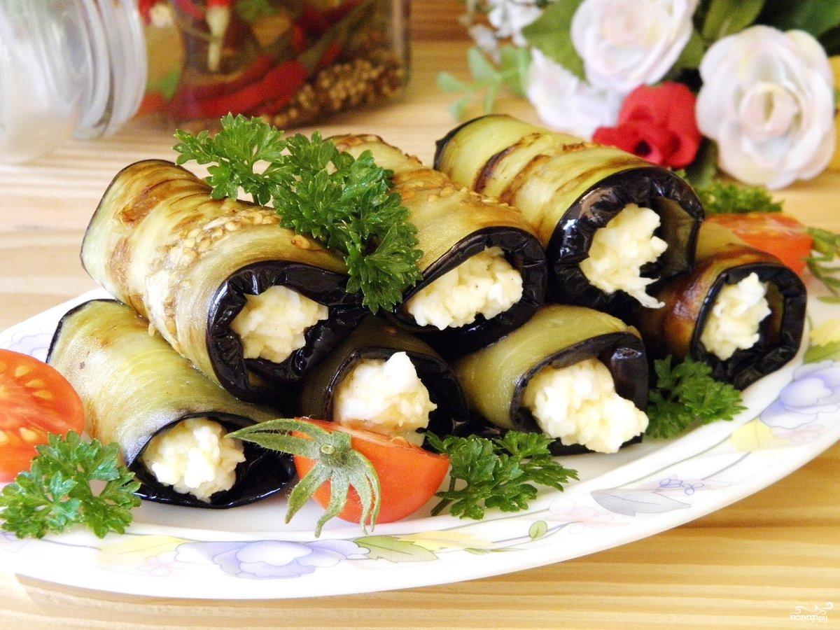 Рецепт баклажанов с чесноком и сыром рулетики с фото пошагово в