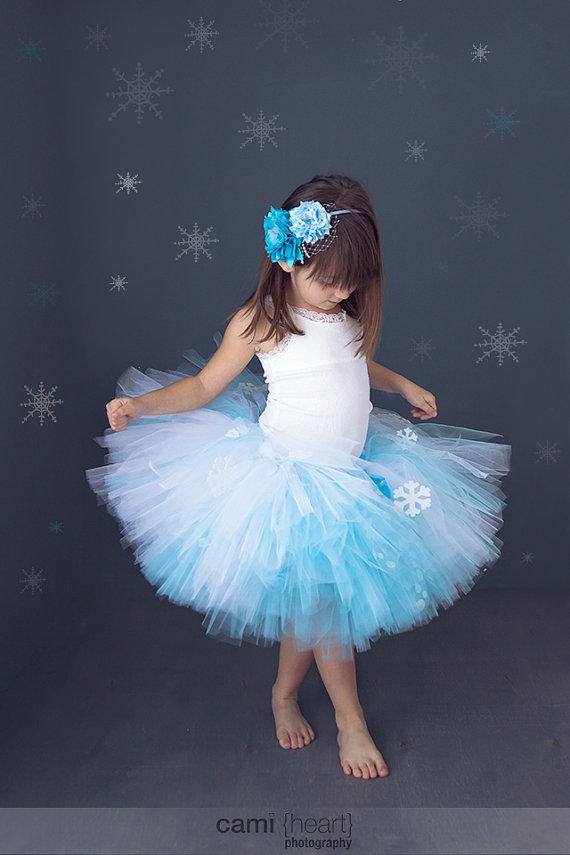 Сшить платье снежинки из фатина 34