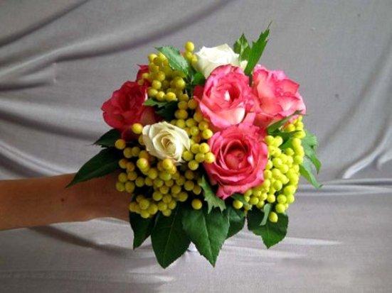 Как сделать букет из живых цветов для свадьбы своими руками