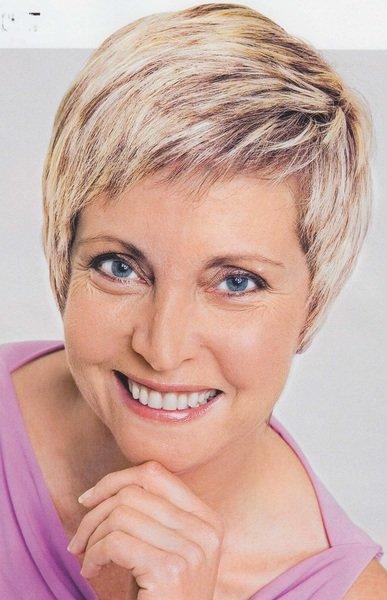 Фото коротких стрижек женщине к 50 годам