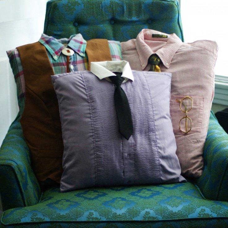 Как сшить подушки на диван своими руками из старых вещей 19