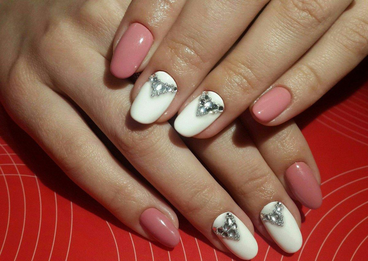 Дизайн ногтей со стразами 263 фото красивого дизайна