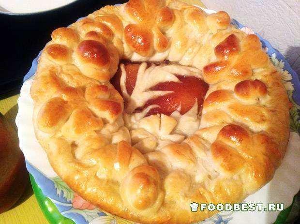 Пирог в духовке с яблочным повидлом