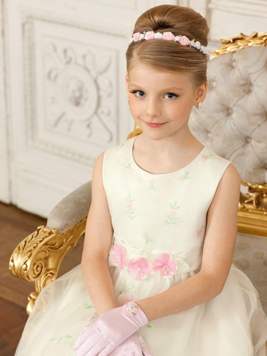 Вяжем нарядные платья для девочек 29