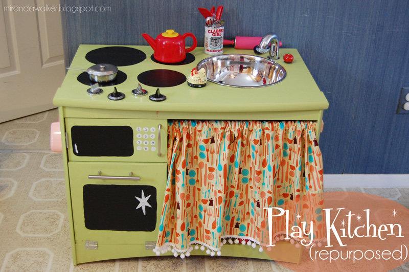Как сделать кухню ребенку