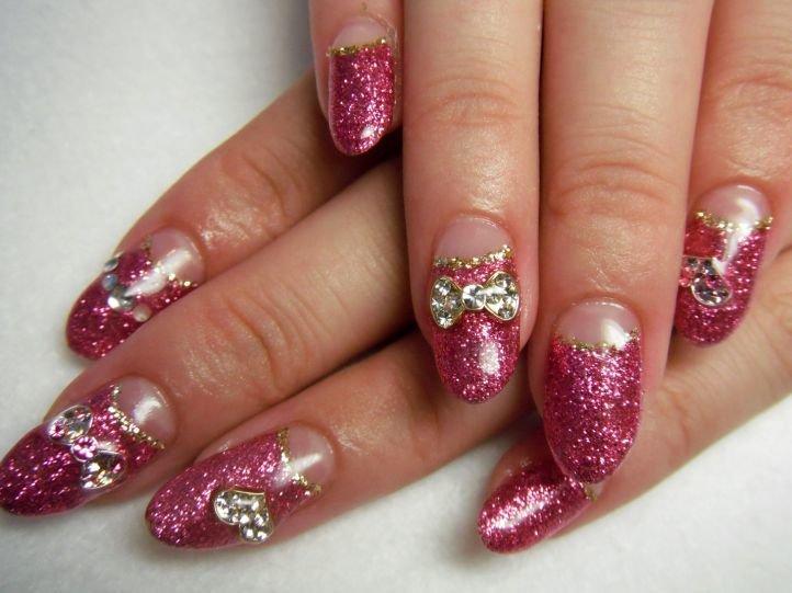 Лунный френч на нарощенных ногтях