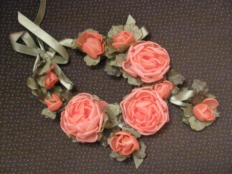 Бусы из цветов из ткани своими руками