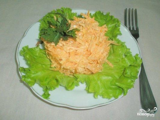 Салат из моркови с сыром и чесноком и яйцом рецепт с
