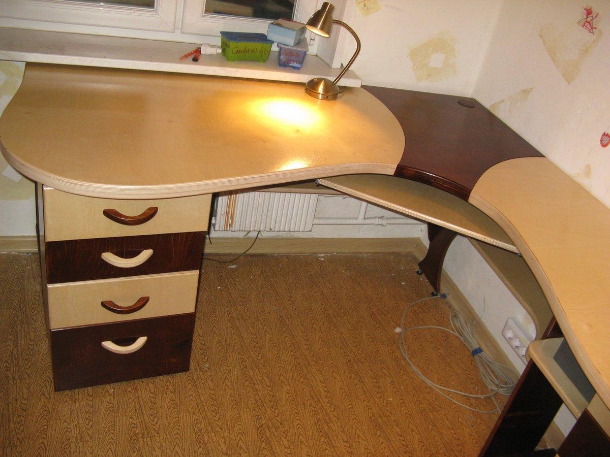 Угловой стол компьютерный своими руками