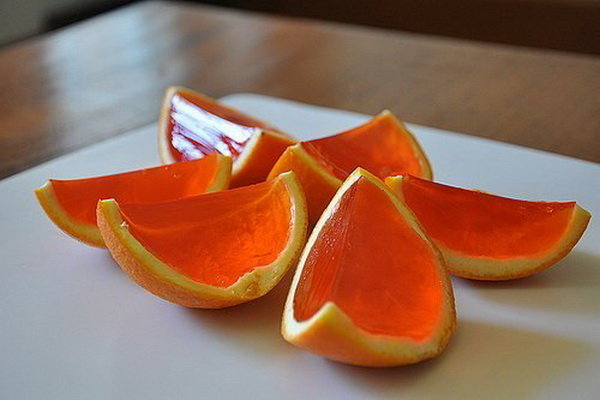 Давайте с вами немного пофантазируем и приготовим яркий десерт, от которого вам будет гарантировано настроение желе в апельсинов