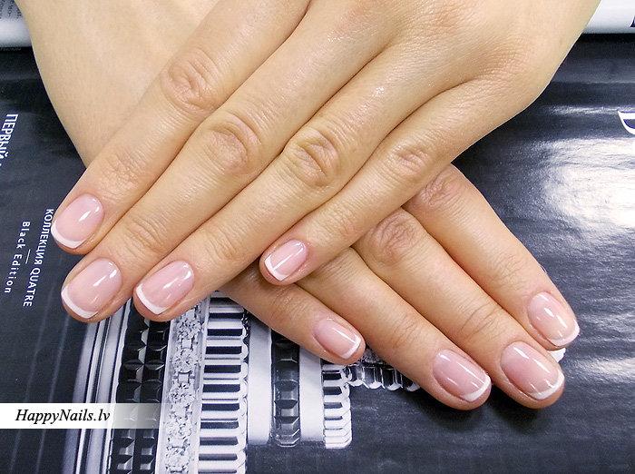 Белый френч гель лаком короткие ногти