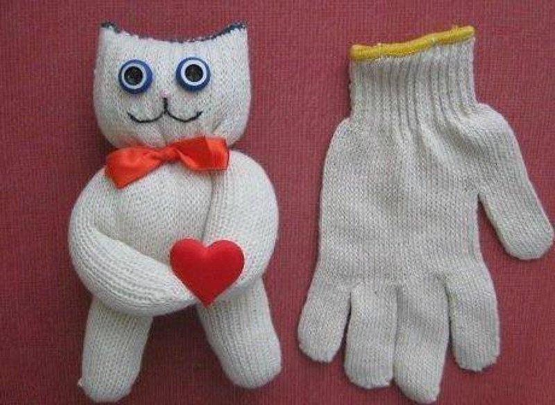 Как сделать поделки из перчатки