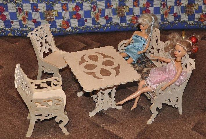 388Как сделать стол и стул для кукол
