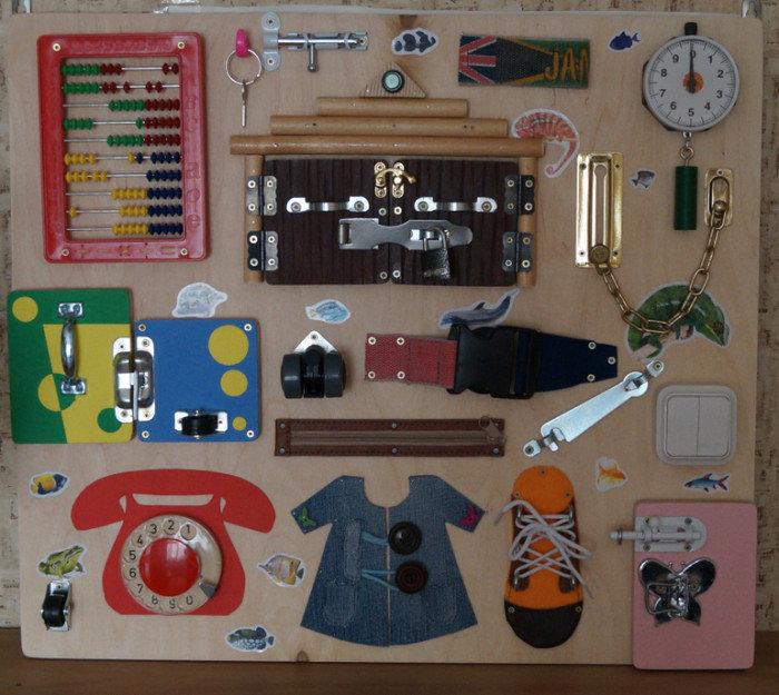 Как сделать развивающий стенд для ребенка своими руками 67