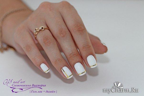 Фото дизайна ногтей полоска