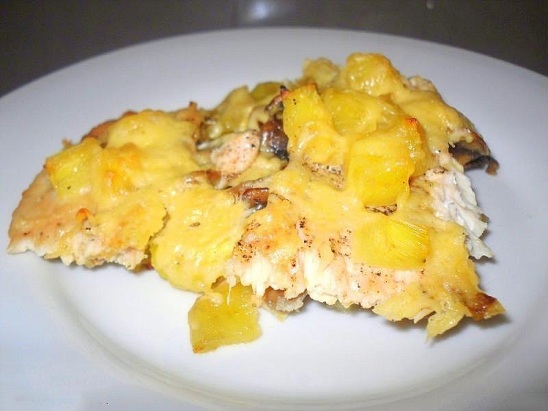 Картошка с курицей и грибами и сыром в духовке рецепт с пошагово в
