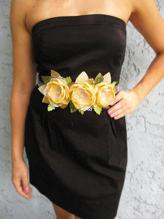 Красивые цветы на платье своими руками 5