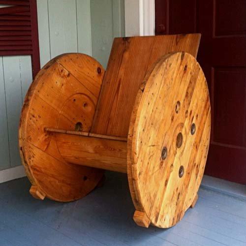 Кресло-качалка из подручных материалов