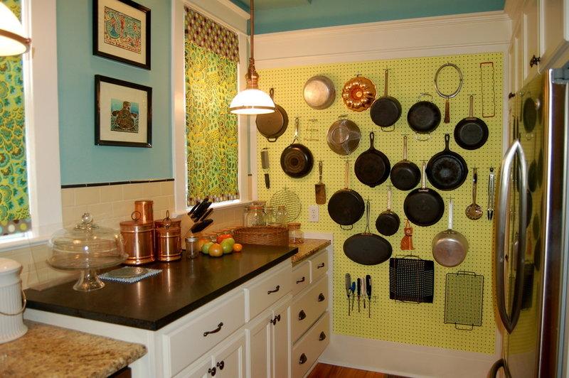 Дизайн кухни из подручных материалов