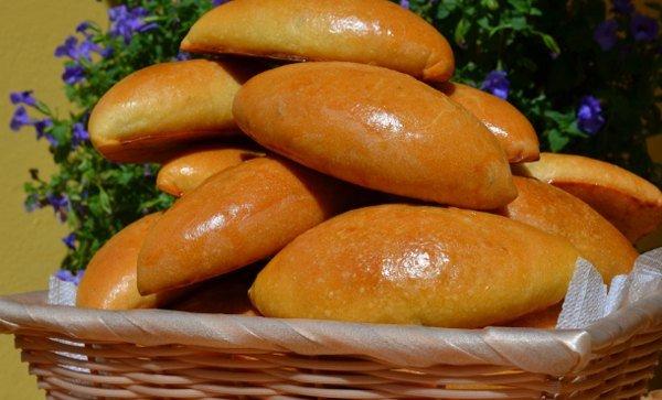 Красивые пирожки с капустой в духовке пошаговый рецепт